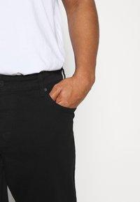 Only & Sons - ONSLOOMLIFE  - Jeans straight leg - black denim - 4