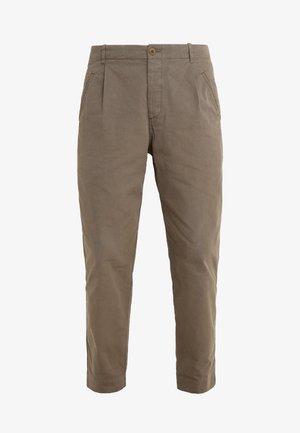 ASSEMBLY PANTS - Bukser - khaki