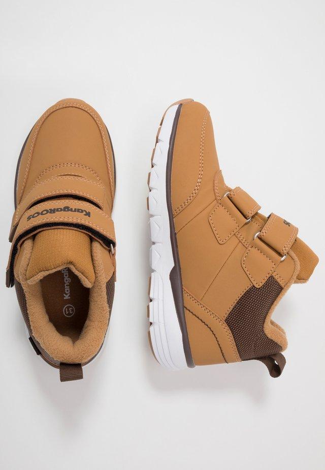 K-TS BRAN RTX - Sneakersy wysokie - tan/dark brown