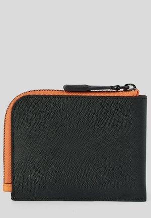 SAFFIANO - Wallet - black