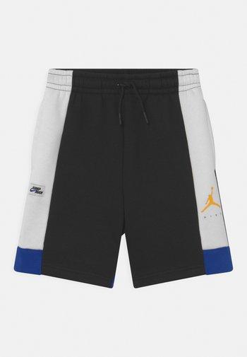JUMPMAN  - Sports shorts - black