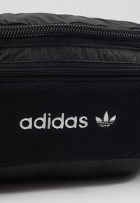 adidas Originals - WAISTBAG UNISEX - Bum bag - black - 4