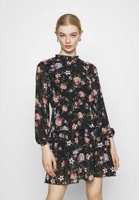 ONLY - ONLVIVIAN FLOWER FRILL DRESS - Denní šaty - black - 0