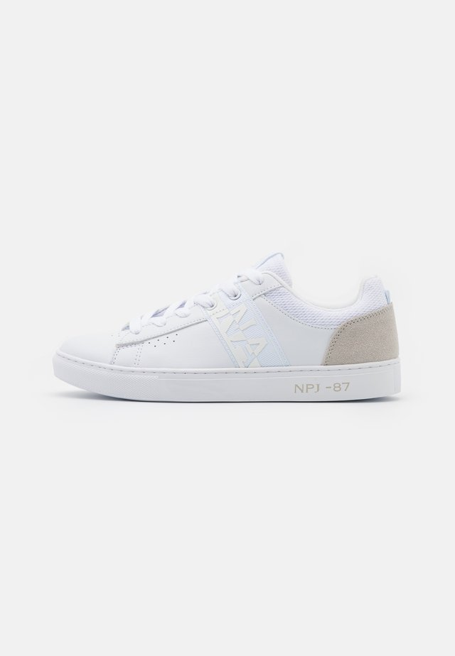 WILLOW - Sneakersy niskie - bright white