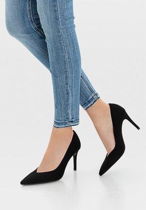 MIT STILETTOABSATZ  - Classic heels - black
