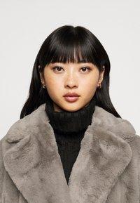 New Look Petite - Zimní bunda - dark grey - 3