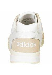 adidas Originals - A.R. TRAINER - Baskets basses - ftwr white - 2