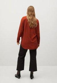 Violeta by Mango - DOBLE - Button-down blouse - granatrot - 2