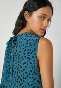 PULL&BEAR - Maxi šaty - blue - 3