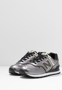 New Balance - WL574 - Sneakers basse - black - 4