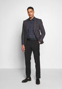 OLYMP - OLYMP NO.6 SUPER SLIM FIT  - Formal shirt - schwarz - 1