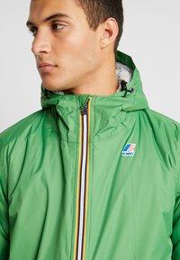 K-Way - UNISEX CLAUDE ORESETTO - Light jacket - green - 4