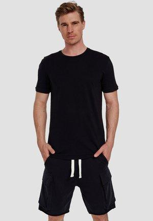 Ordinary Truffle - Basic T-shirt - black (noir)