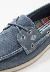 Sperry - 2 EYE - Boat shoes - navy - 5