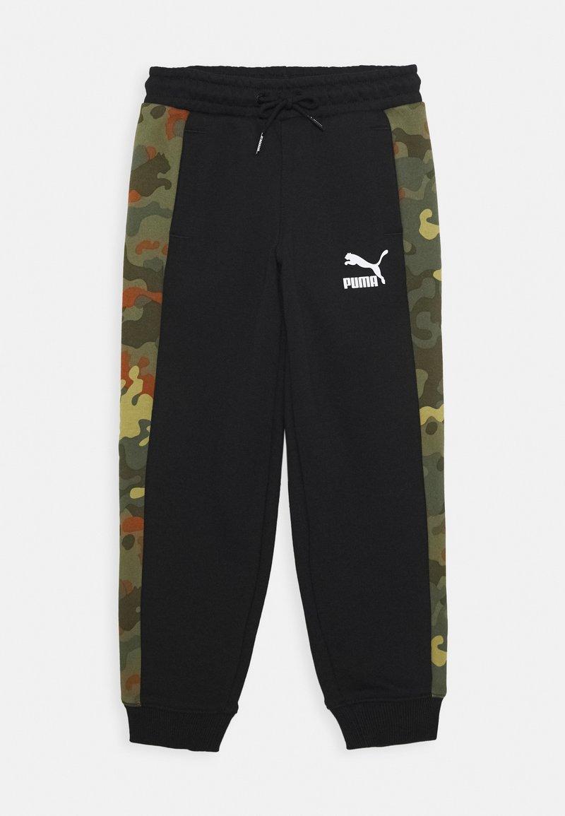 Puma - CLASSICS GRAPHICS PANTS - Tracksuit bottoms - black