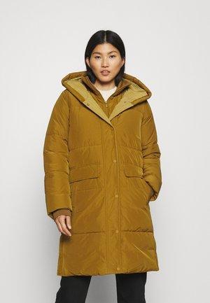 LONG PUFFER COAT - Winter coat - green clay