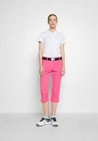 Calvin Klein Golf - SABI CAPRI - 3/4 sports trousers - jete - 1