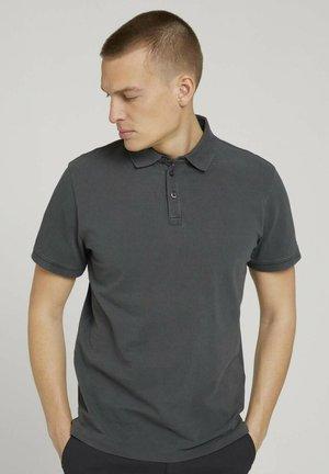 Polo shirt - tarmac grey