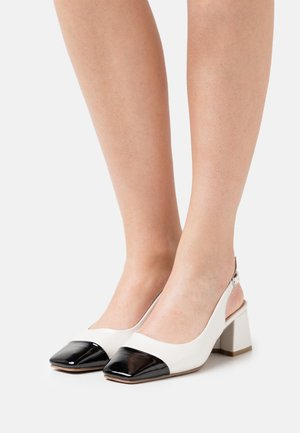 WIDE FIT OTLEY - Tacones - white
