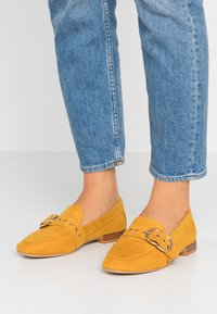 Dorothy Perkins Wide Fit - WIDE FIT LOLA BUCKLE LOAFER - Slip-ons - yellow - 0