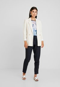 Betty & Co - Trousers - navy blue - 2