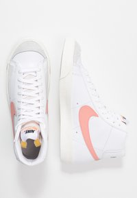 Nike Sportswear - BLAZER MID '77 - Zapatillas altas - white/atomic pink - 5
