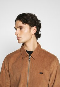 Levi's® - HAIGHT HARRINGTON JACKET - Summer jacket - toasted coconut - 3