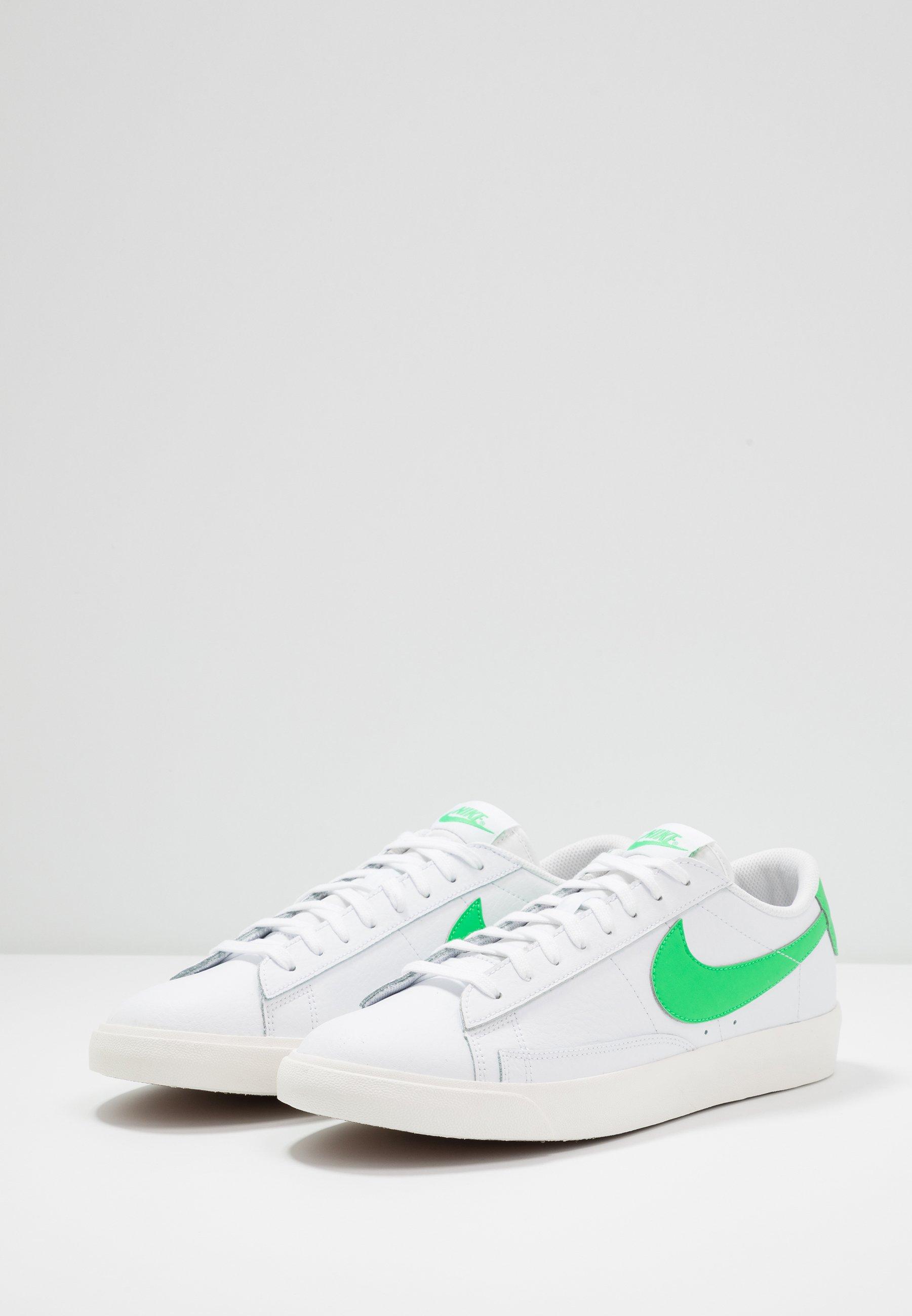 Nike Sportswear BLAZER - Sneaker low - white/green spark/sail/weiß - Herrenschuhe Kg4f6