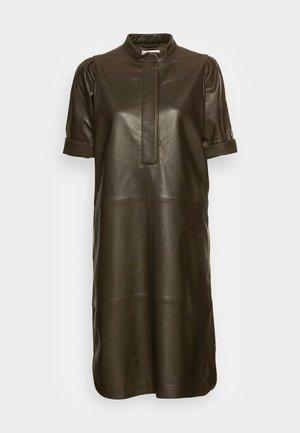 INDIE LEATHER NEW DRESS - Denní šaty - wren