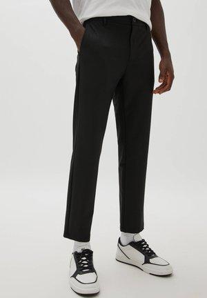 TAILORING IM COMFORT-FIT - Pantaloni - black