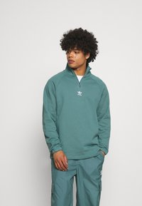 adidas Originals - TREFOIL UNISEX - Sweatshirt - hazy emerald - 0