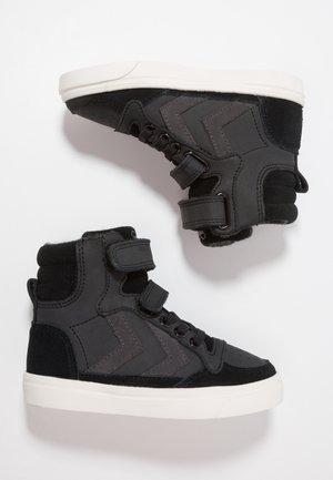 STADIL OILED - Sneakers alte - black