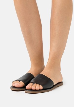 BOARDWALK POST SLIDE  - T-bar sandals - true black