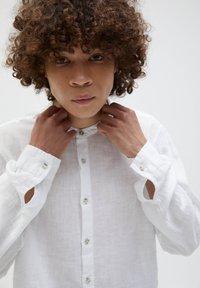 PULL&BEAR - Košile - white - 4