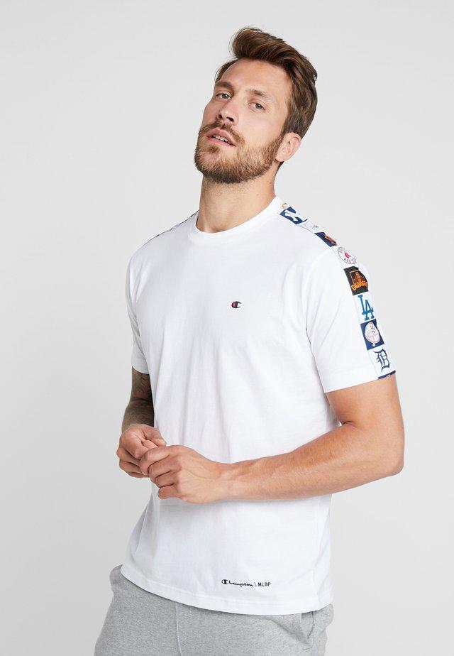 MLB MULTITEAM CREWNECK - Klubové oblečení - white