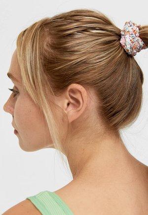 3 PACK - Akcesoria do stylizacji włosów - pink