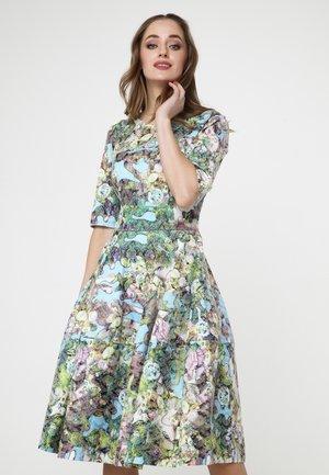 Day dress - hellblau/ grün