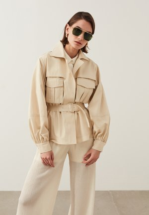 Summer jacket - cream