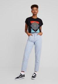 Obey Clothing - BLOOD OIL MANDALA - Print T-shirt - black - 1