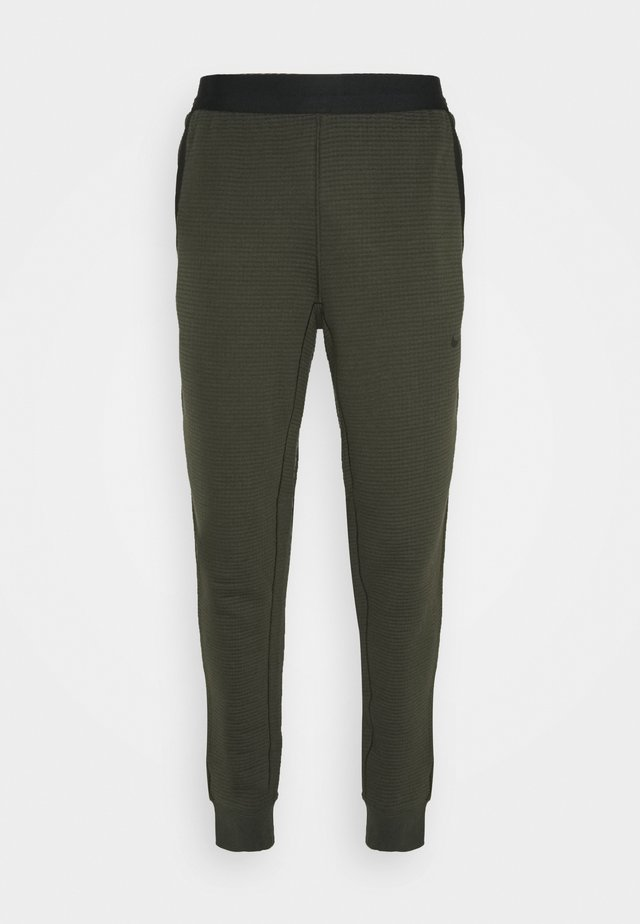 PANT - Tracksuit bottoms - sequoia/cargo khaki/black