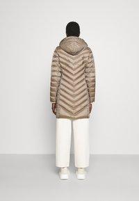 MICHAEL Michael Kors - LONG PACKABLE PUFFER - Down coat - taupe - 2