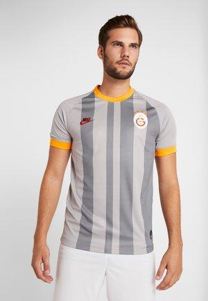 GALATASARAY ISTANBUL - Club wear - atmosphere grey/pepper red