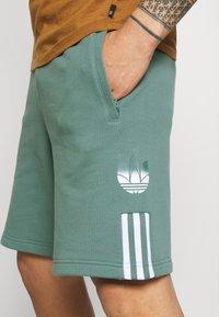 adidas Originals - Shorts - hazy emerald - 4