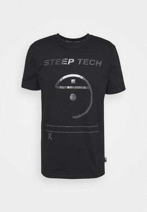 STEEP TECH LIGHT - Camiseta estampada - black