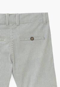 Hust & Claire - HANS  - Shorts - blue moon - 3