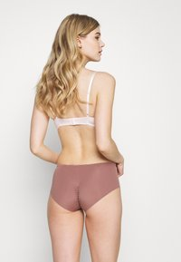 Triumph - ESSENTIAL MINIMIZER HIPSTER - Pants - rose brown - 2
