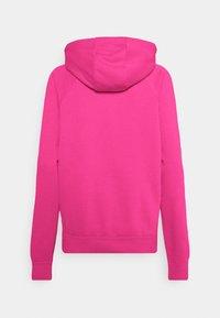 Nike Sportswear - HOODIE - Kapuzenpullover - fireberry/white - 7