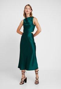 Bec & Bridge - GABRIELLE DRESS - Cocktailklänning - emerald - 2