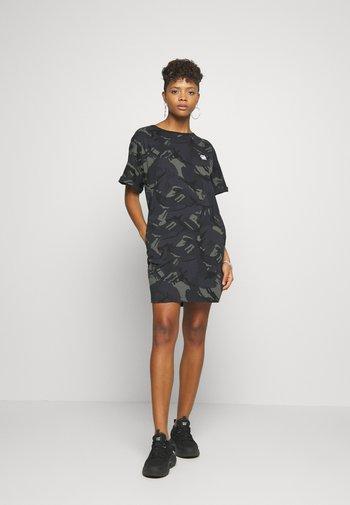 JOOSA DRESS R WMN S/S