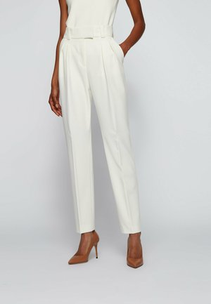 TALIMIUNA - Pantalon classique - white